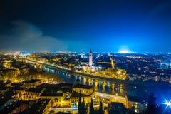 维罗纳地平线在意大利在晚上 库存照片
