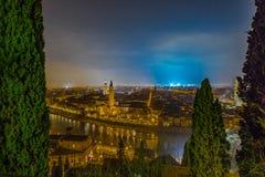 维罗纳地平线在意大利在晚上 免版税图库摄影