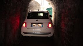 维罗纳,意大利12-11-18:向拉戈Di加尔达的一条路 股票录像