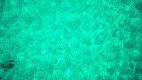 绿松石海空中海景晴天 波浪顶视图清楚的蓝色海水表面上的  影视素材