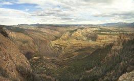 绿河乐队恐龙国家形成的峡谷的全景 免版税库存图片