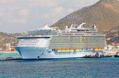 绿洲海运 免版税库存照片