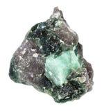 绿玉宝石未加工的水晶在被隔绝的岩石的 免版税库存图片