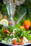 绿色健康沙拉表 免版税图库摄影