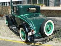 绿色和在利马染黑1932年普利茅斯PA 3 库存图片