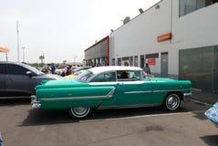 1955绿色和白色水星Montclair小轿车,利马 免版税库存图片