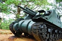 绿色大量老坦克战争 免版税库存图片