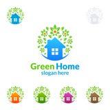 绿色家庭商标,房地产传染媒介与议院的商标设计,叶子和生态塑造 免版税库存图片