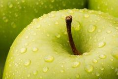 绿色格兰尼史密斯苹果・ Apple的特写镜头 图库摄影