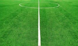 绿色橄榄球或足球场 免版税库存照片