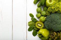 绿色水果和蔬菜的混合 库存照片