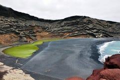 绿色湖lanzarote 图库摄影