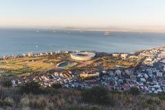 绿色点体育场黄昏视图在开普敦 免版税库存照片