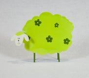绿色绵羊 库存照片