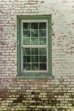 绿色被构筑的单块玻璃玻璃窗 图库摄影