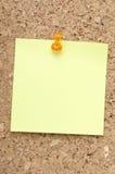 绿色附注橙色针提示 图库摄影