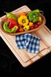 绿色,红色和黄色胡椒 免版税库存照片