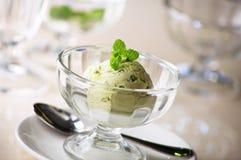 绿茶冰淇凌 免版税库存图片