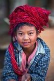 缅甸女孩o pa部落 免版税图库摄影