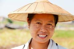 缅甸妇女画象 免版税库存照片