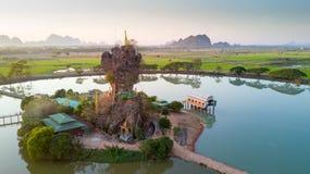 缅甸的Kyauk Kalap塔 图库摄影