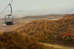 缆索铁路在色的谷 库存图片