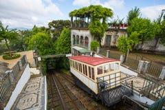 缆索铁路拉格,葡萄牙 它到达耶稣做Monte圣所的Bom 最旧缆索铁路世界,使用作为动机的水 免版税图库摄影