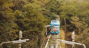 缆索铁路的Tibidabo, parc吸引力巴塞罗那 免版税库存图片