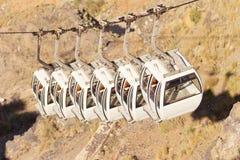 缆车在Fira,圣托里尼 免版税库存照片