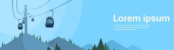 缆车运输在山的绳索方式 皇族释放例证