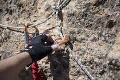 缆绳和carabiner 图库摄影