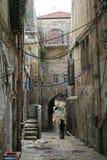 缆绳混乱在历史的耶路撒冷 库存照片