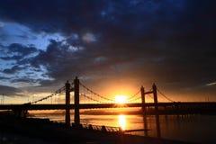 缆绳-被停留的桥梁 免版税库存图片