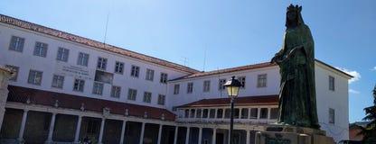 缓慢D 迪尼什- Mosteiro de Odivelas -伊莎贝尔Statue夫人 免版税库存图片