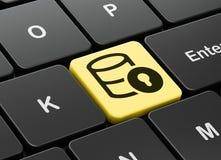 编程的概念:与锁的数据库在键盘背景 免版税库存图片