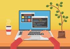 编程,编码网发展概念 程序员使用膝上型计算机的编码人手 在lapto屏幕上的代码 平的传染媒介 库存例证