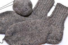 编织的冬天袜子 库存照片