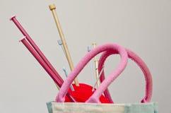 编织针和羊毛 库存图片