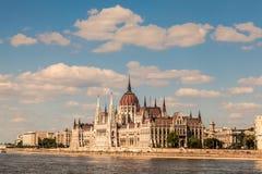 编译完全补白匈牙利议会射击的布达佩斯 免版税库存图片