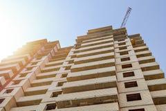 编译的多楼层 一栋多层的居民住房的建筑 住宅Bu的建筑 库存照片