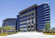 编译的总公司外部现代新的办公室 免版税库存照片
