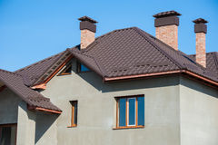 编译的新的家和屋顶 免版税库存图片
