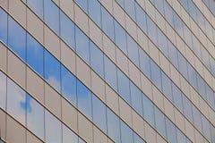 编译的玻璃镜子墙壁 免版税图库摄影