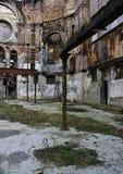 编译的腐朽的被毁坏的宗教废墟 免版税库存照片