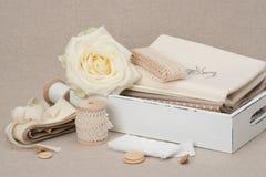缝合和刺绣工艺成套工具 剪裁辅助部件 库存图片