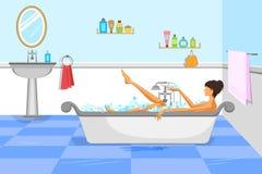 浴缸的美丽的妇女 免版税库存照片