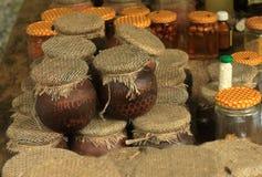罐蜂蜜 库存图片