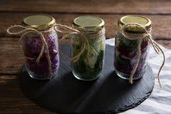 罐装菜的汇集在玻璃瓶子的 免版税库存图片