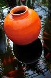 罐赤土陶器 库存图片