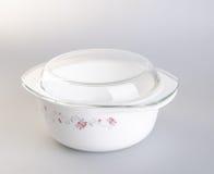 罐 在背景的砂锅 在backgroun的砂锅罐 图库摄影